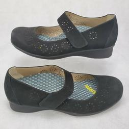 The Walking Company Abeo Everleigh Suede Mary Jane Black 9 M